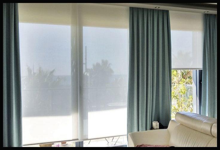 cortina con estor enrollable